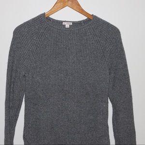 GAP Gray knit wear top